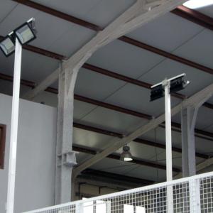iluminación e instalación eléctrica en zona deportiva